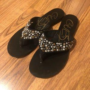 Guess Flip-flops